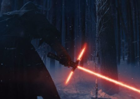 Kylo-Ren-in-the-teaser-trailer-for-Star-Wars-The-Force-Awakens.jpg