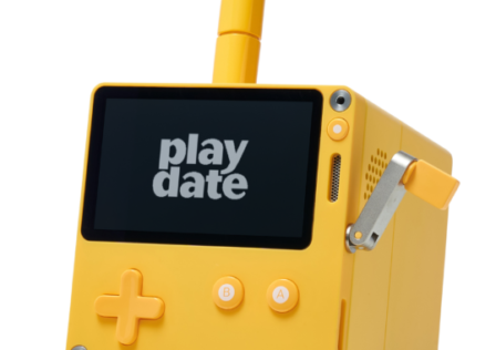 Playdate-stereo-dock-photo-2-760×380.png