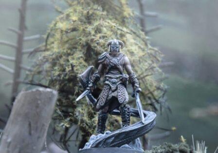 Elder-Scrolls-Call-To-Arms-Dragonborn-Figure.jpg