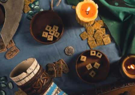 assassins-creed-valhalla-orlog-physical-game.jpg