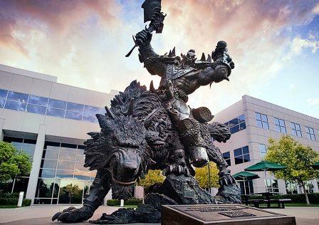 blizzard-orc-statue.jpg